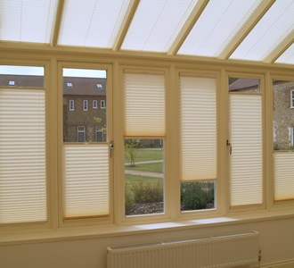 'Double float' conservatory blinds in cream